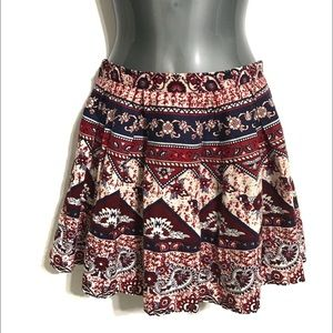 FOREVER 21 Women's Festive Print Mini  Skirt Sz 26